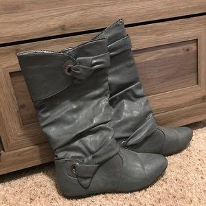 Women's Boots (Size Medium 5/6)